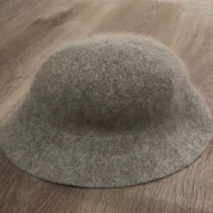 3 for 15 Furry bucket hat
